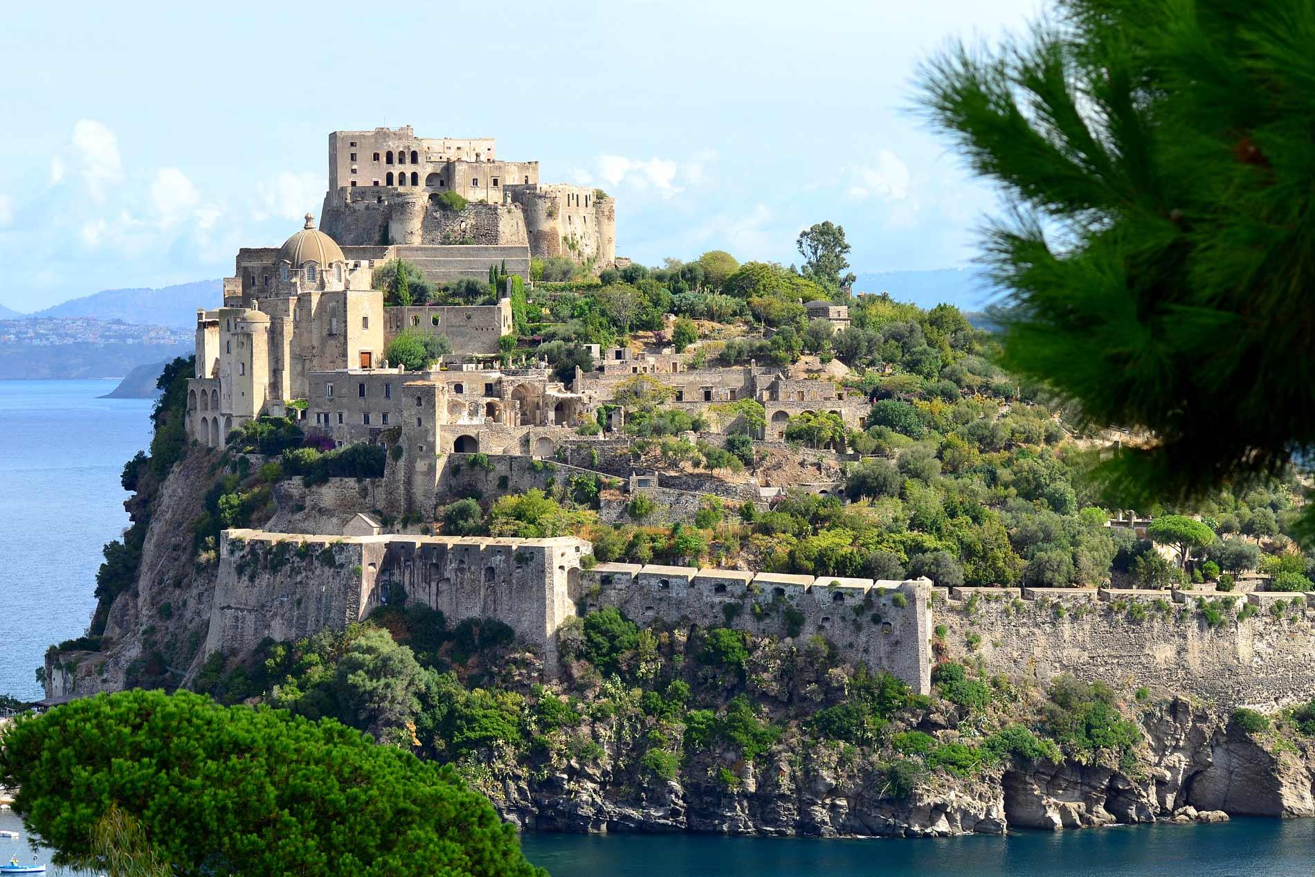 gourmet_in_movimento_nello_patalano_chef_castello_aragonese